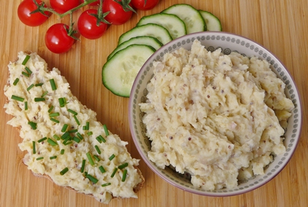 Veganer Kartoffelkäse / Erdäpfelkäse