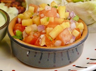 Frische Pfirsich-Tomaten-Salsa - einfach und schnell
